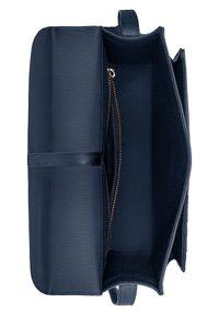 Violet Hamden - Across body bag - dark blue - 8