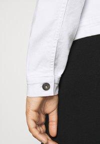 ONLY Carmakoma - CARWESPA LIFE JACKET - Denim jacket - white - 3