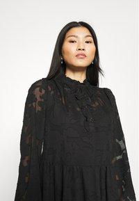 Cream - CRJELENA DRESS 2-IN-1 - Shirt dress - pitch black - 6