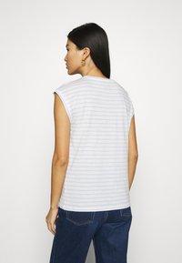 Esprit - TEE - Print T-shirt - pastel blue - 2