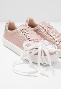 Tamaris - LACE-UP - Trainers - rose - 7