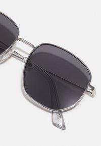 ALDO - BRAUSS - Sunglasses - silver/smoke - 2