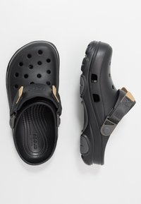 Crocs - CLASSIC ALL TERRAIN  - Zuecos - black - 1