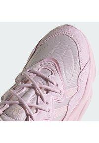 adidas Originals - OZWEEGO W - Tenisky - clear pink/clear pink/clear pink - 7