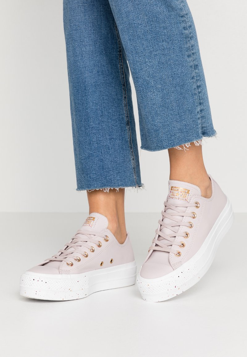 Converse - CHUCK TAYLOR ALL STAR LIFT SPECKLED - Sneakers basse - platinum violet/rose maroon/white