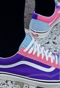 Vans - ANAHEIM OLD SKOOL 36 DX UNISEX - Scarpe skate - light blue/purple/pink - 2