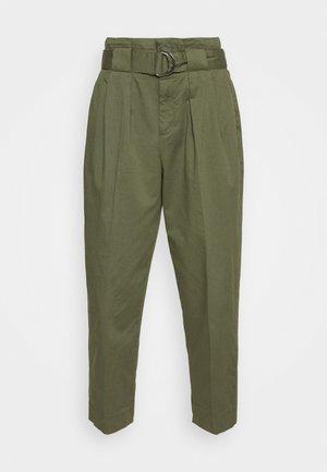 TAPER TROUSER - Trousers - flight jacket