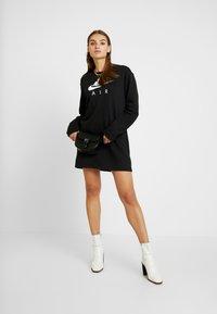 Nike Sportswear - AIR CREW  - Denní šaty - black - 2