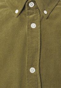 Samsøe Samsøe - LIAM SHIRT - Camisa - capulet olive - 8