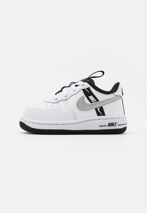 FORCE 1 UNISEX - Vauvan kengät - white/black/silver