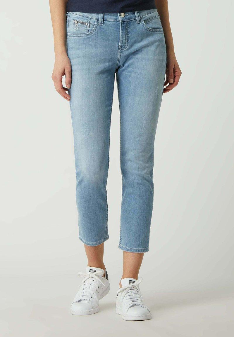 MAC Jeans - MIT STRETCH-ANTEIL  - Slim fit jeans - hellblau