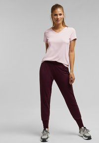 Esprit Sports - Basic T-shirt - light pink - 1