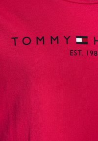Tommy Hilfiger - ESSENTIAL TEE  - T-shirt print - pink - 2