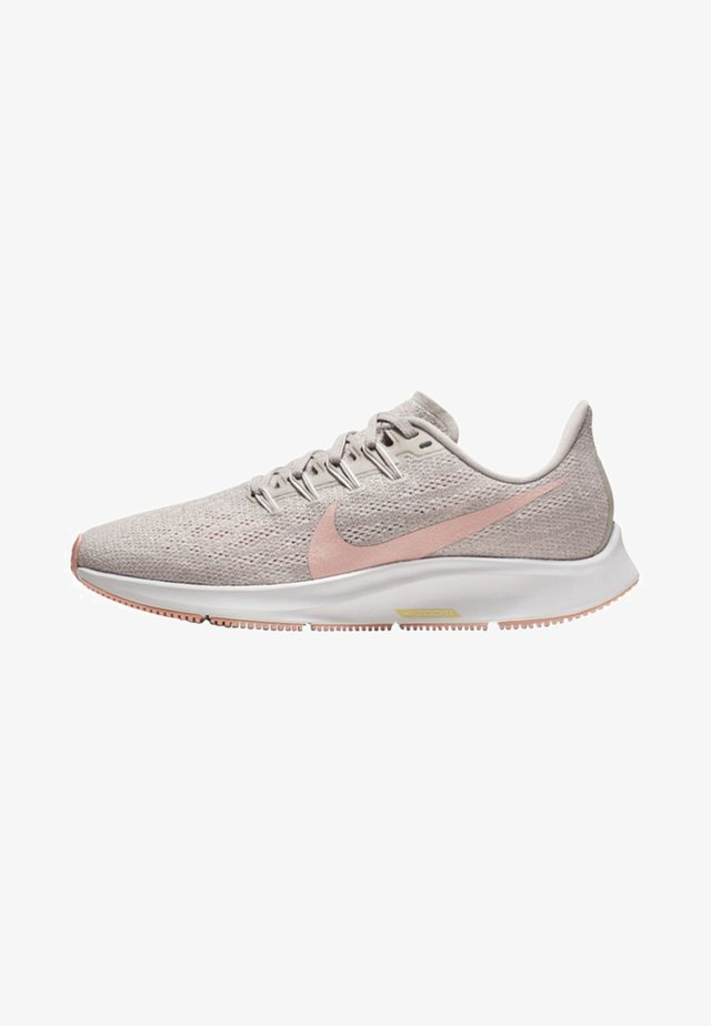 AIR ZOOM PEGASUS 36 - Chaussures de running stables - grey/pink