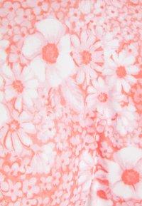 Cotton On Body - BACKLESS RUFFLE TOP THIN STRAP CHEEKY SET - Bikini - gentle shirred - 5