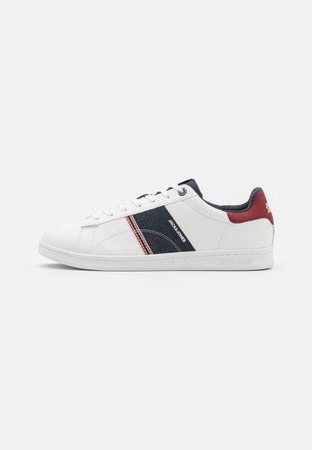 JFWBANNA SPECIAL 2.0 - Sneakersy niskie - white