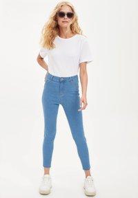DeFacto - Slim fit jeans - blue - 3