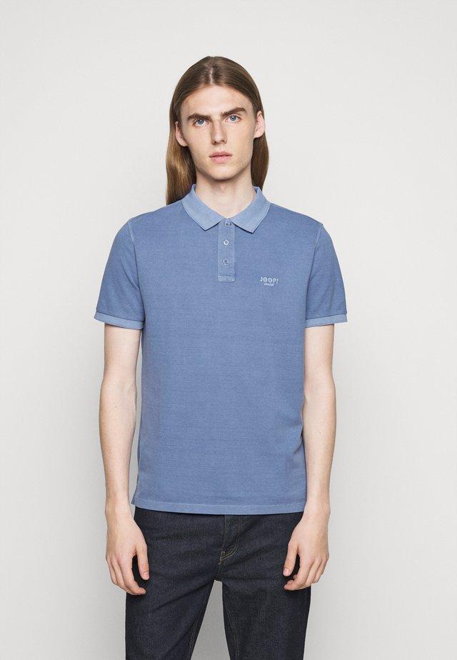 AMBROSIO - Poloskjorter - light blue