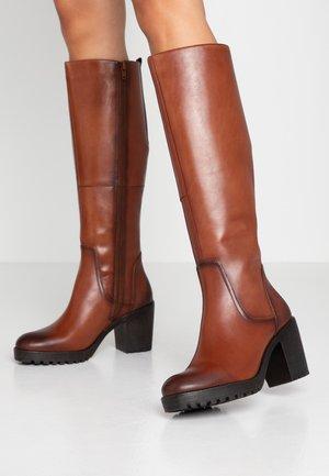 SKADI - Platform boots - cognac