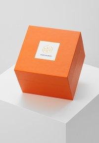 Tory Burch - THE SAWYER - Watch - braun/orange - 5