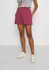 BDG Urban Outfitters - JOGGER - Shorts - raspberry - 0
