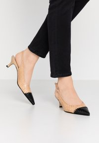 Pons Quintana - Classic heels - ivory - 0