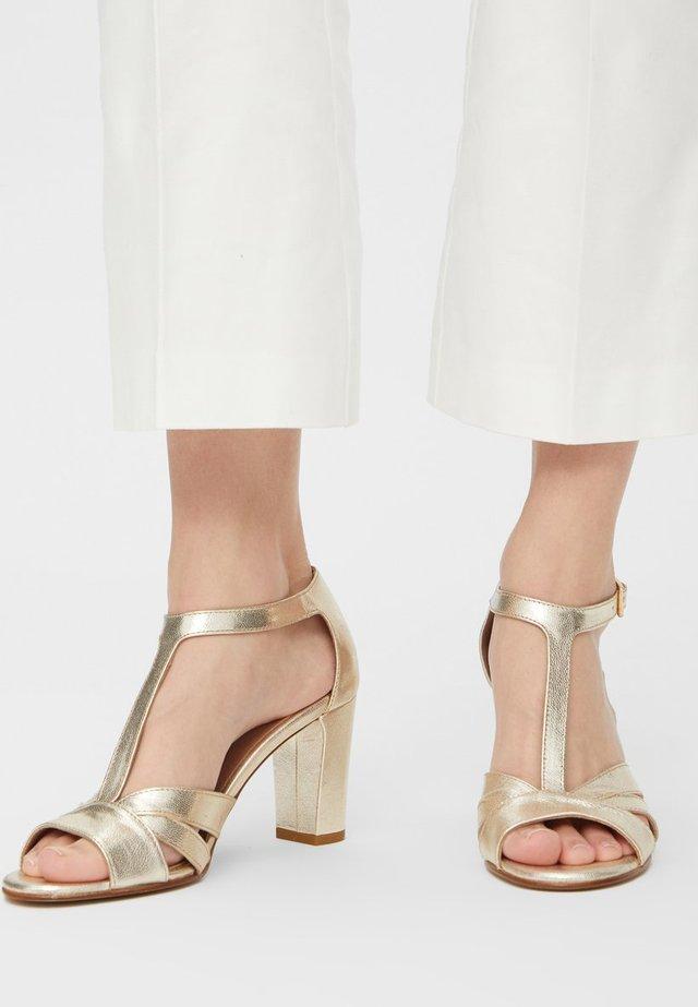 BIADARBI - Højhælede peep-toes - gold