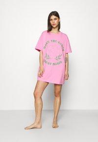 Cotton On Body - 90'S NIGHTIE - Nattskjorte - pink - 1