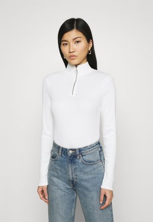 LONGSLEEVE WITH ZIPPER SPECIAL COLLAR - Long sleeved top - scandinavian white