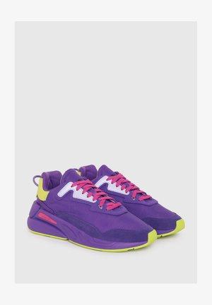 Sneakersy niskie - violet