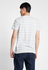 Shine Original - STRIPE TEE - Print T-shirt - green - 2