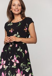 Bialcon - Sukienka letnia - czarny - 4