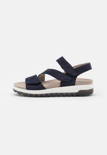 Platform sandals - blue