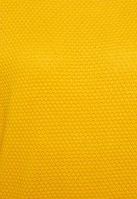 TOM TAILOR - BUBBLE STRUCTURE - Svetr - california sand yellow - 2