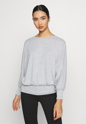 DEEP HEM BATWING - Strikpullover /Striktrøjer - light grey