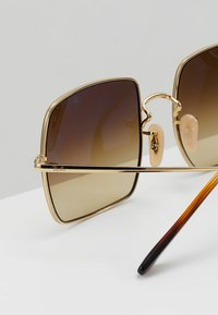 Ray-Ban - SQUARE - Zonnebril - gold-coloured - 4