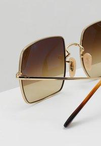 Ray-Ban - SQUARE - Sluneční brýle - gold-coloured - 4