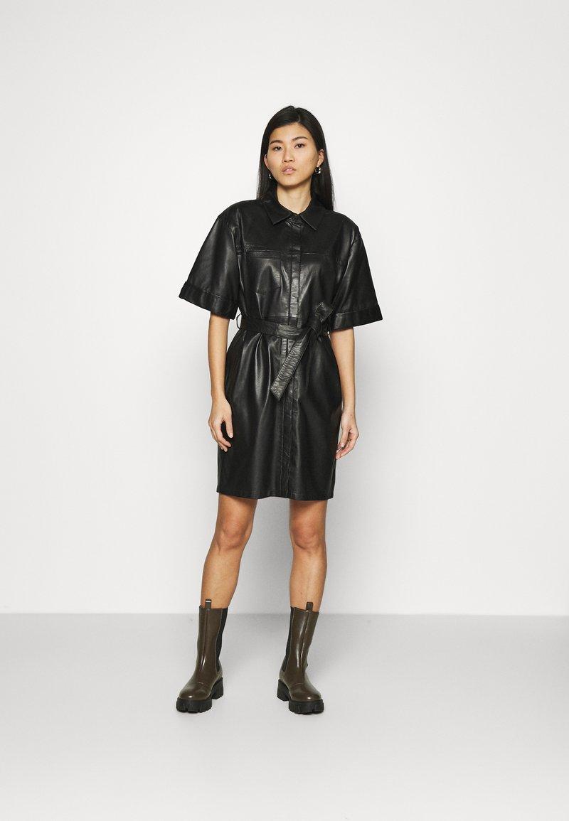 Oakwood - BREAK - Shirt dress - black