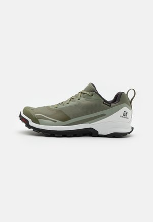 XA COLLIDER 2 GTX - Løpesko for mark - deep lichen green/white/wrought iron
