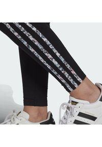 adidas Originals - Leggings - black - 6