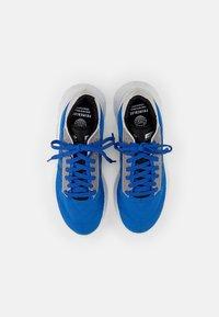 adidas Originals - GEODIVER - Baskets basses - football blue/white/core black - 3