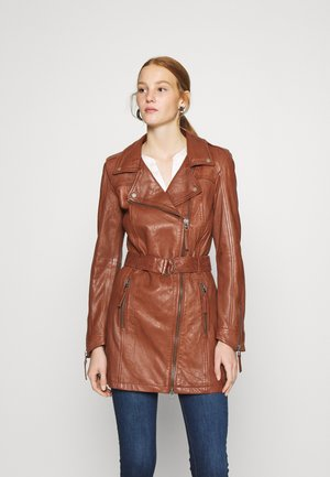 AUTUMN DAY - Short coat - brandy