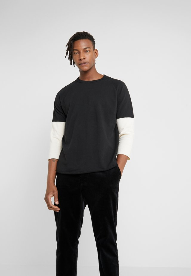 SZABO TOP - T-shirt à manches longues - black/ecru