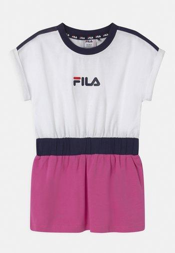 FILIO - Vestito di maglina - bright white/super pink/black iris