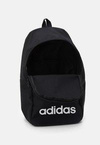 adidas Performance - CLAS DAY UNISEX - Reppu - black/white - 2