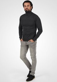 INDICODE JEANS - Jumper - charcoal mix - 1