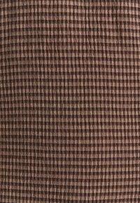 Samsøe Samsøe - HARRIETTA SHORT DRESS - Day dress - argan - 2