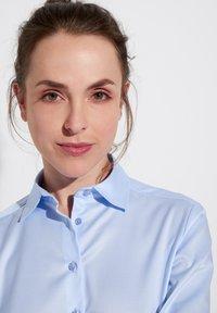 Eterna - Button-down blouse - hellblau - 2