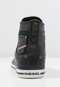 Diesel - EXPOSURE I - Zapatillas altas - black - 3