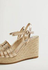 Mango - GIRL - High heeled sandals - oro - 5